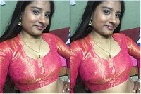 Today Exclusive-Cute Nepali Girl Showing Her Boobs On Video Call